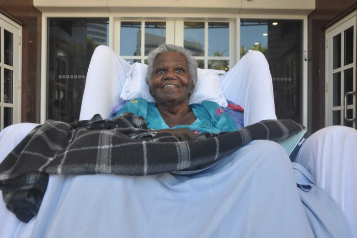 Aged care royal commission in Darwin hears of Aboriginal elder's family, culture separation pain